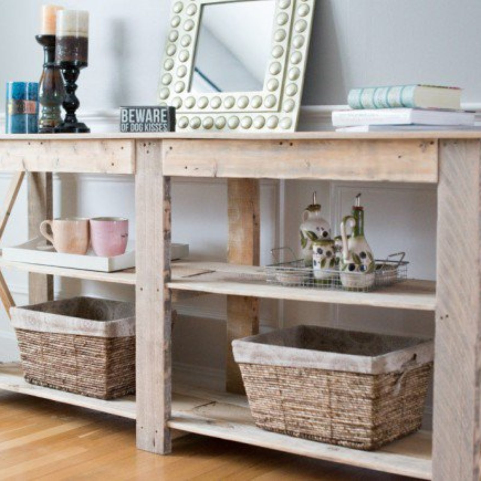 22-Genius-Handmade-Pallet-Furniture-Designs-That-You-Can-Make-By-Yourself-2-630×435